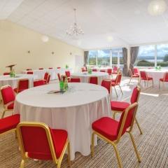 conference-room-cabaret